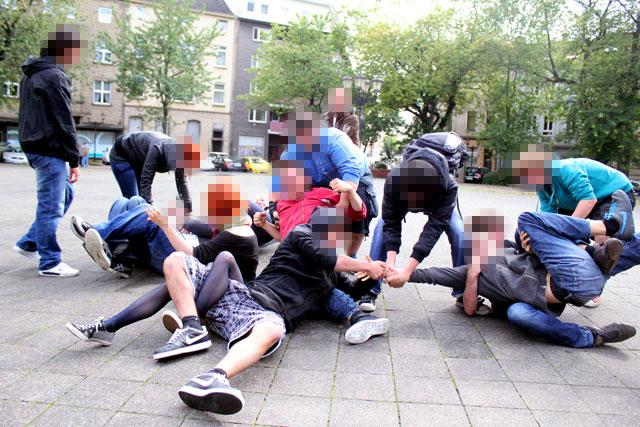 Blockadetraining in Duisburg 2011, Dortmund stellt sich quer am 3.9. gegen Nazis! Dortmund Nazifrei!