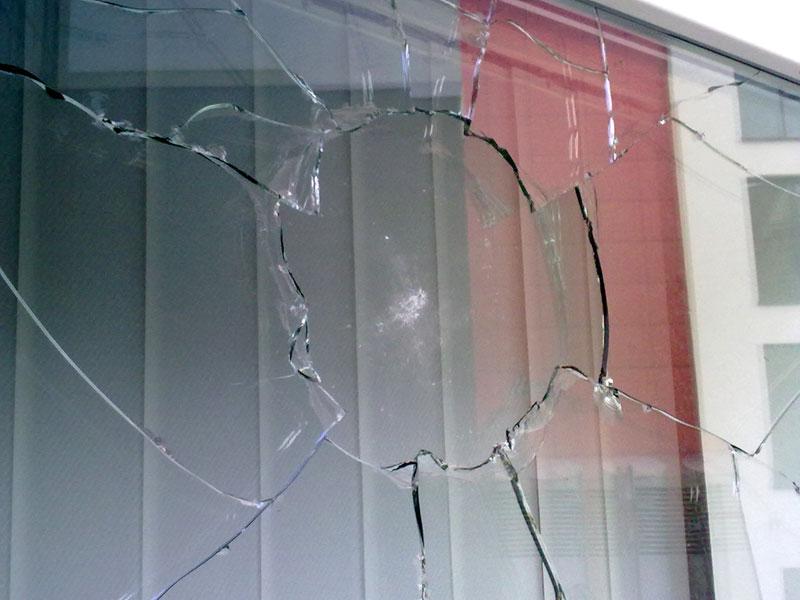 Anschlag auf Büro der LINKEN in Dortmund, MdB-Büro Ulla Jelpke, Dortmund stellt sich quer