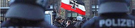 Nazis raus! Dortmund bleibt nazifrei!